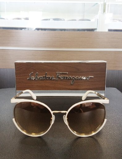 where can I find designer frames houston